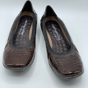 Walking Cradle Brown Patent Leather Shoes 8.5